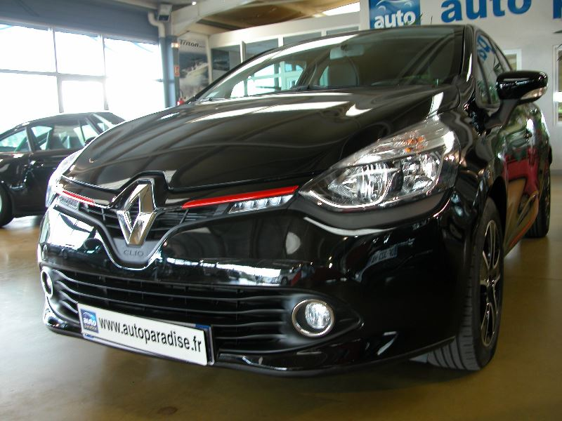 Véhicule d'occasion RENAULT CLIO 1.5 DCI 90 LIMITED